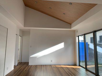 32坪4部屋+和室 LDK20畳の平屋